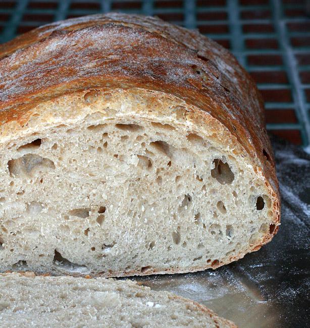 pane con farine macinate a pietra